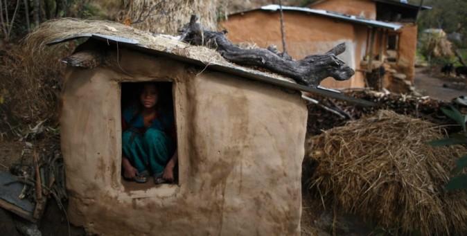 Nepal: la reclusione durante le mestruazioni